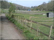 SP9504 : Public footpath in White Hawridge Bottom by Peter S
