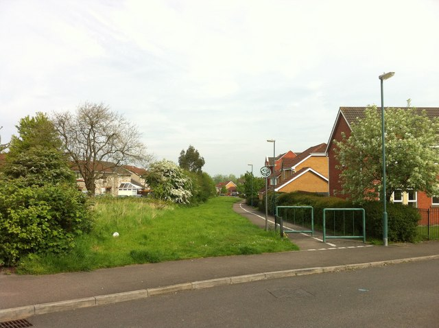 Footpath in Emersons Green housing estate