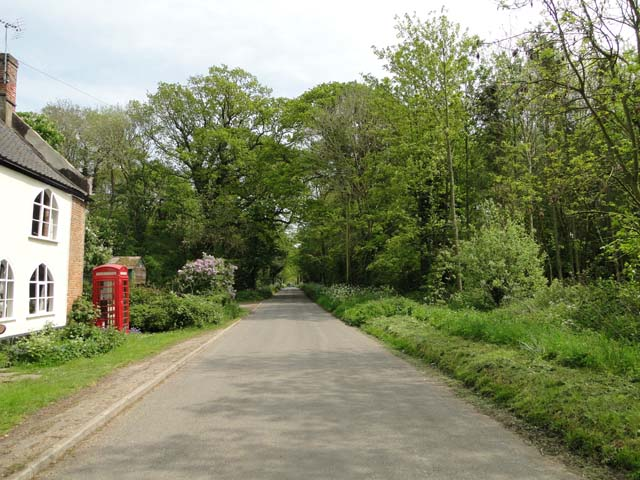 View down Brundish Road, Raveningham