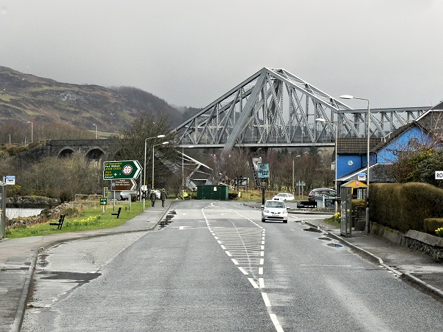 Connel, Approaching the Bridge