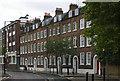 TQ3182 : Terraced housing, Skinner Street by Jim Osley