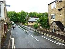 SE1321 : Jumble Dyke, Rastrick by Bill Henderson