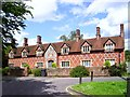 SU6772 : Mary Lyne's Almshouses by Des Blenkinsopp