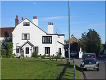 TQ0866 : Dunally Cottage, Lower Halliford by Stefan Czapski