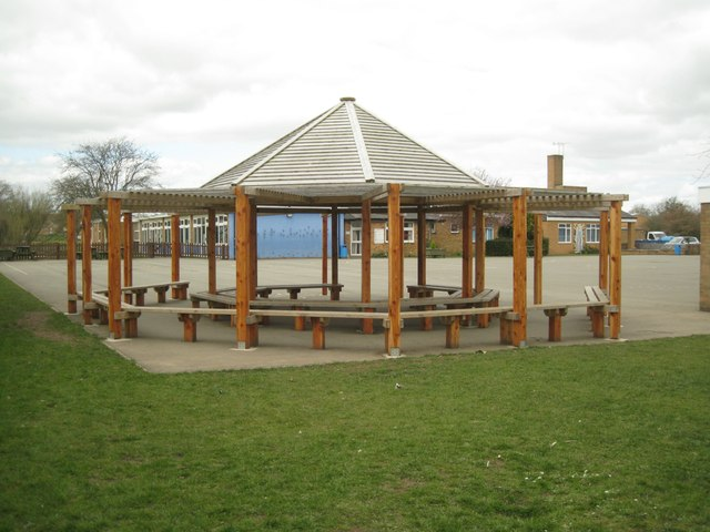 Playground shelter, St Mary's Church of England Junior School, New Road, Studley