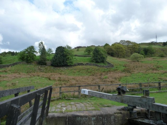 Fields above [east of] Nip Square Lock, Walsden