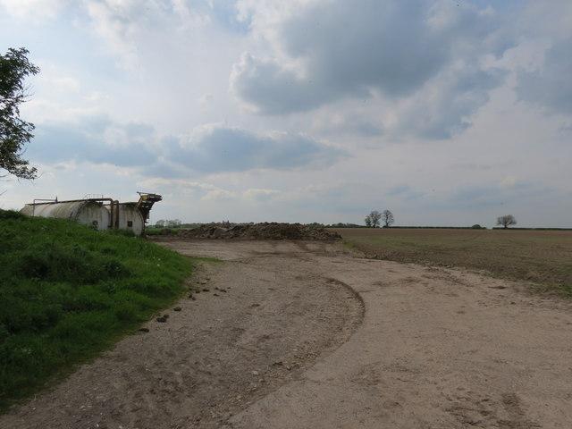 Manure  heaps  at  field  edge