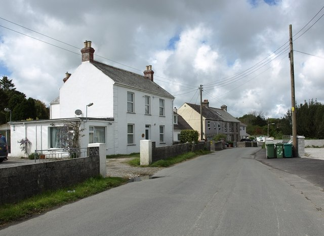 Houses in Bowling Green village