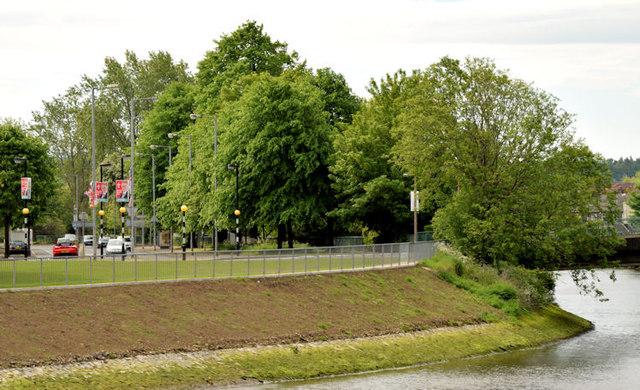 River Lagan, Stranmillis, Belfast (May 2014)