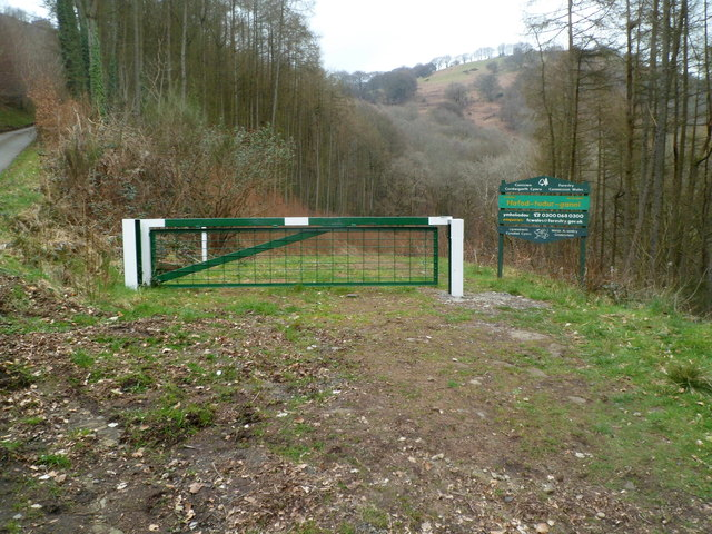 Forestry Commission Wales Entrance Gate 169 Jaggery Cc By