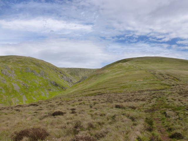 Pennine Way ascending to Auchope Cairn