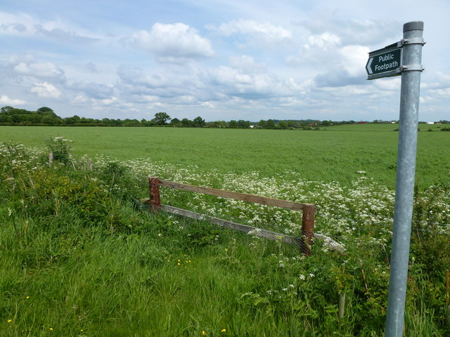 Footpath south of Water Newton