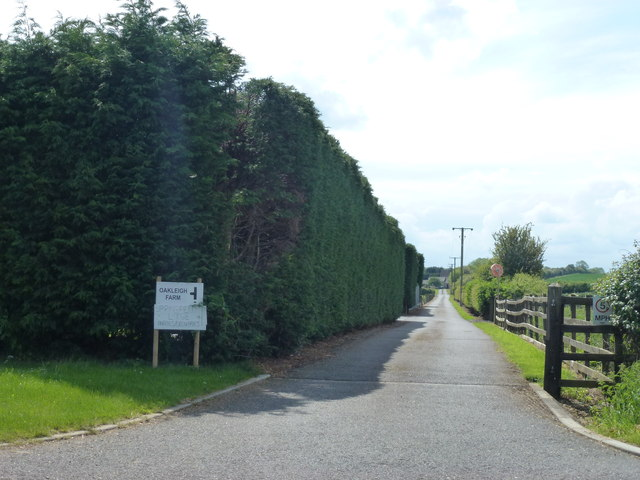 Drive to farms off Bullock Road near Elton