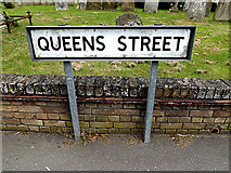 TM2373 : Queens Street sign by Adrian Cable