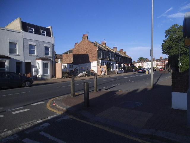 Garratt Lane at the corner of Keble Street