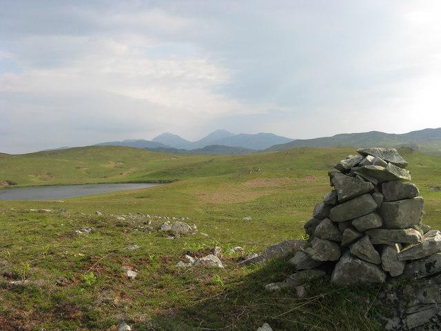 Loch Iochdarach Airigh Nualaidh