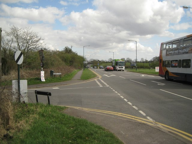 Staggered junction of Green Lane and The Slough A448 west of Studley