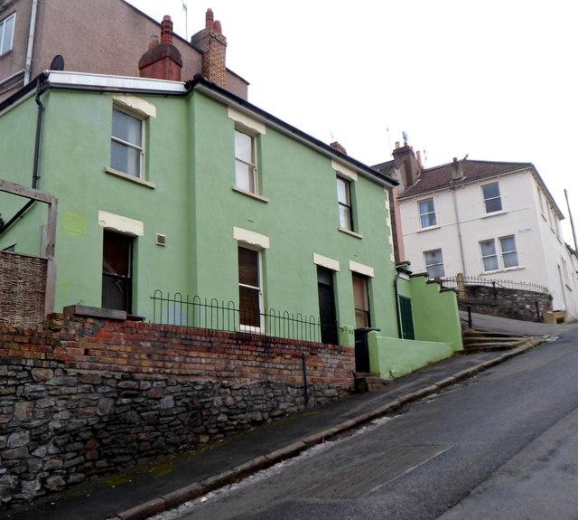112 Park St Portland Me 04101 Rentals: Green House On The Corner Of Park Street... © Jaggery