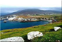 L6896 : County Mayo - Achill Island - Portnahally / Ashliem Bay Viewpoint by Suzanne Mischyshyn