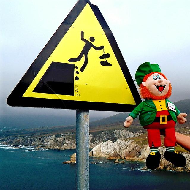 County Mayo - Achill Island - Portnahally / Ashliem Bay Viewpoint Warning Sign
