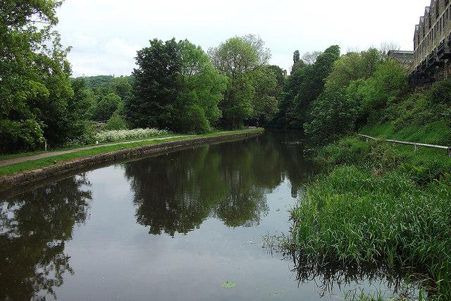 Leeds Liverpool Canal, Bingley