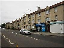 NT2774 : Lochend Road South, Edinburgh by Graham Robson