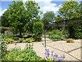 TF0920 : Community garden by Bob Harvey