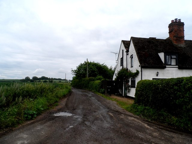 Bridleway and houses, Paul's Croft