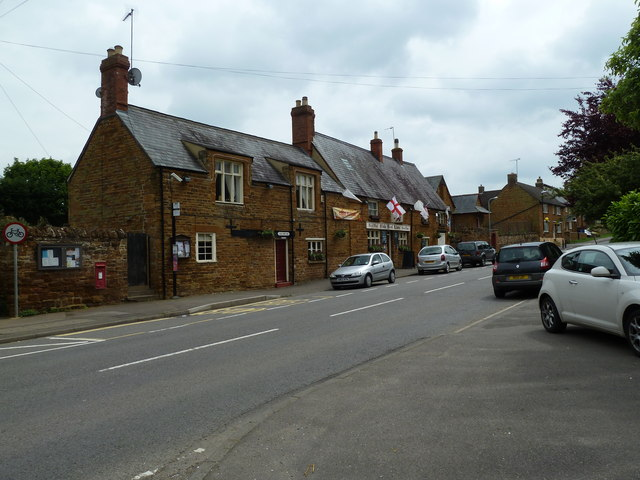 The Red Lion, Kislingbury