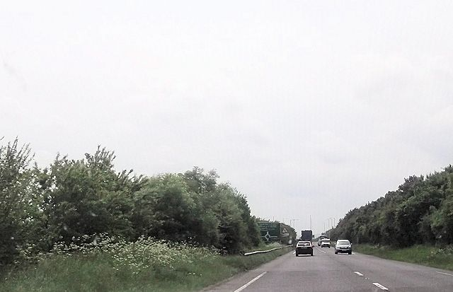 Long straight north of roundabout on A49