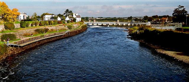 Galway City - Salmon Weir across River Corrib