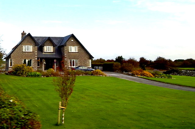 County Galway - Very Large Two-Storey Home along N67 in Crossooha Area