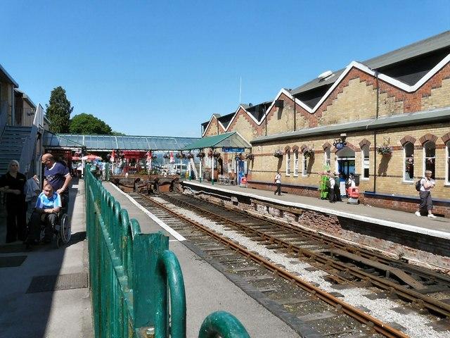 Lakeside Station