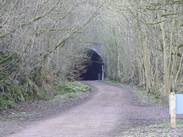 Eastern portal of Chee Tor Tunnel