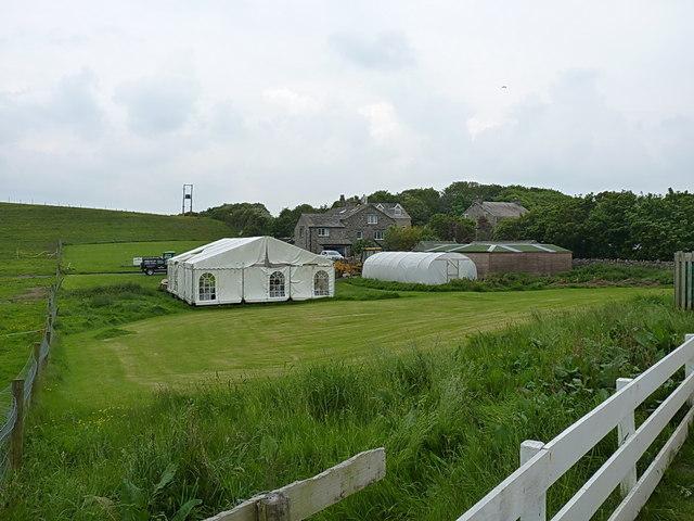 Farm buildings at Steel Green