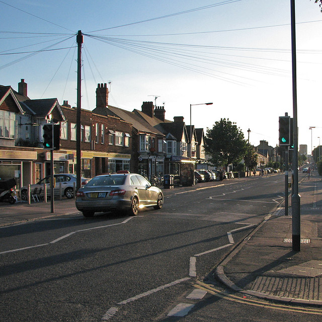 Cherry Hinton Road: evening sunlight