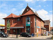 TQ2696 : St James, East Barnet Road by John Salmon
