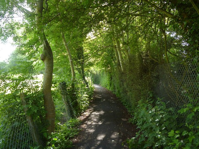 Footpath along playing fields and river Test