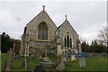 SU8695 : Church & Churchyard by Bill Nicholls