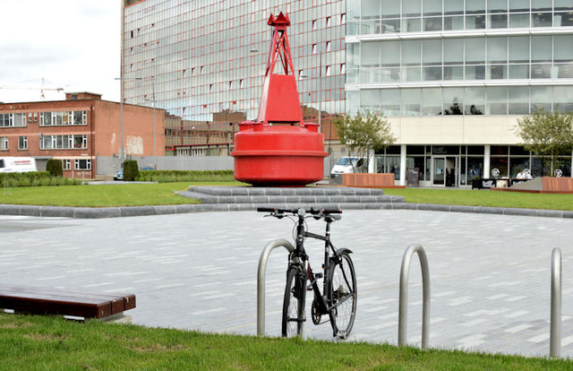 Donegall Quay, landscaping, Belfast - June 2014(2)