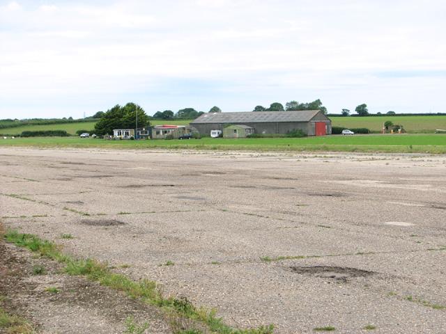 View across runway 15/33 towards the Aero Club