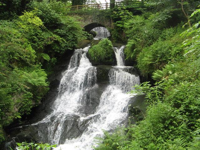 Rouken Glen Waterfall
