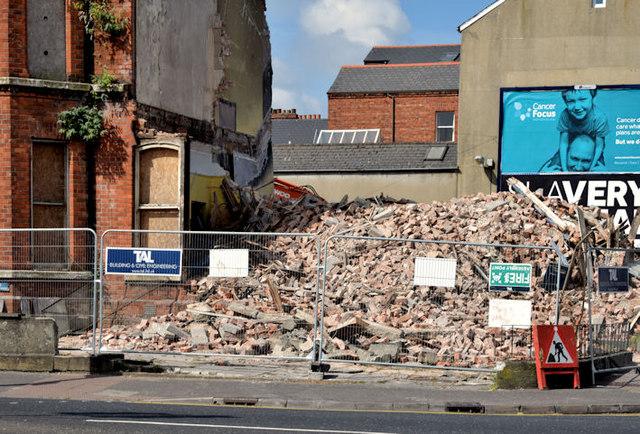 Nos 137-141 Ormeau Road, Belfast - June 2014(1)