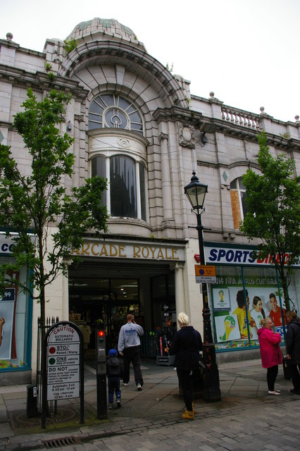 Halifax: Arcade Royale