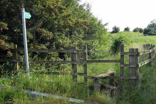 Footpath into Tingewick