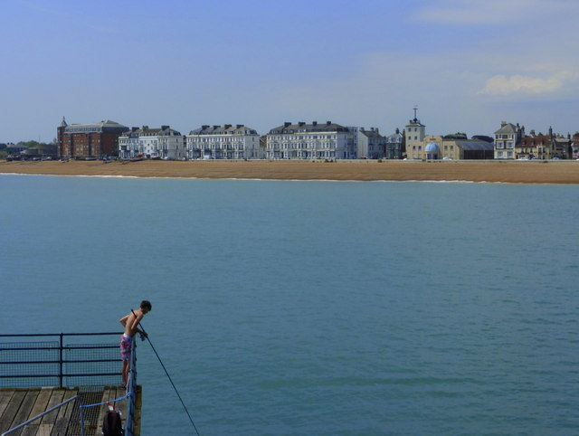Fishing from the pier, Deal