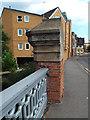 TQ3377 : Abutment detail, Hill Street Bridge by Robin Stott