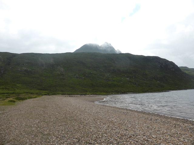 Beach at southern corner of Loch na Gainimh