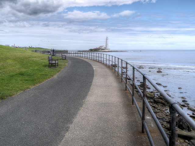 Promenade towards Curry's Point and St Mary's Island