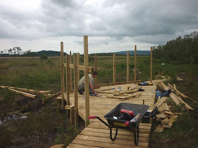 Building a viewing platform, Foulshaw Moss